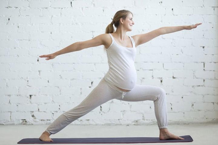 yoga cho mẹ bầu khỏe mạnh