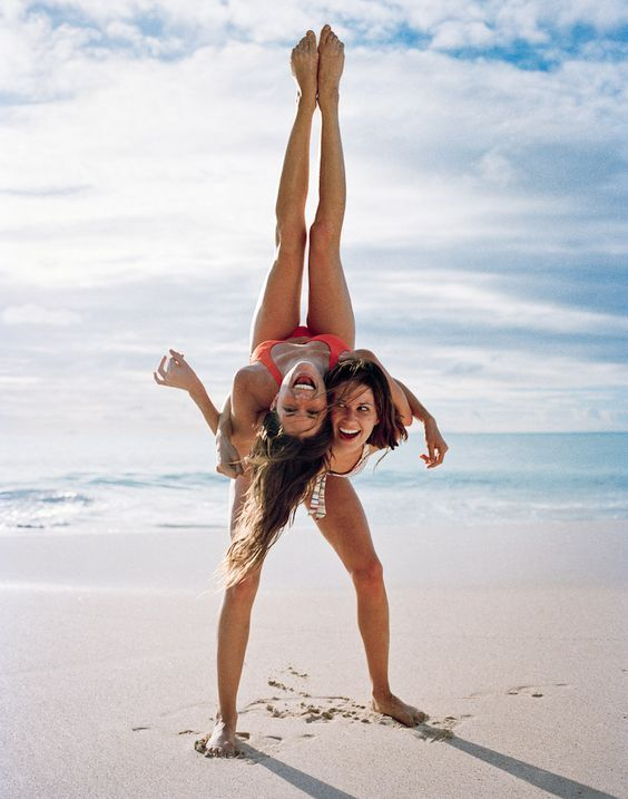 Những tư thế Yoga đôi nữ đẹp
