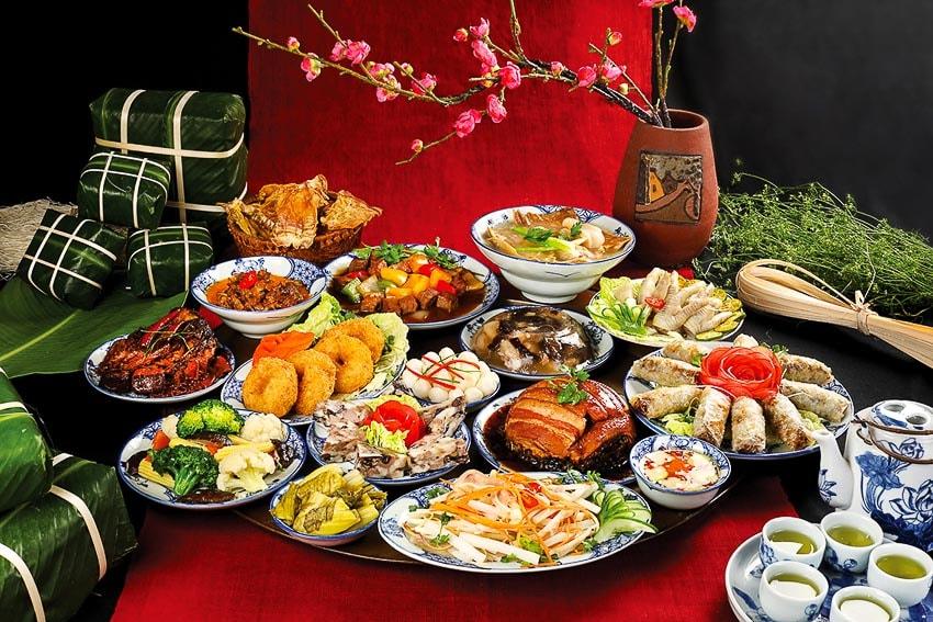 Mâm cơm ngày Tết gồm những món gì?