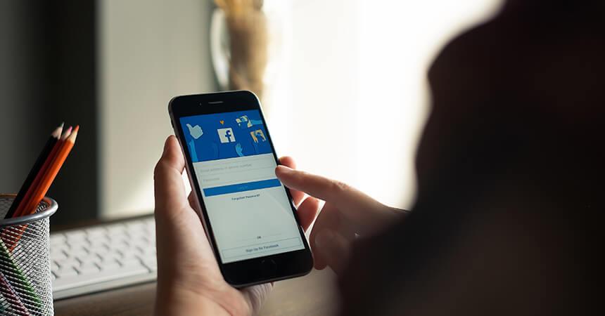 cách kiếm tiền từ facebook không ai biết