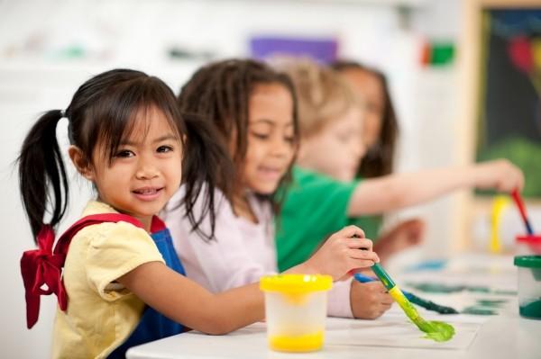 cách phát triển tư duy cho trẻ 5 tuổi