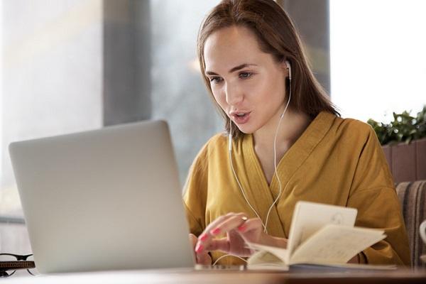 Cách tự học tiếng Anh hiệu bằng phương pháp nghe