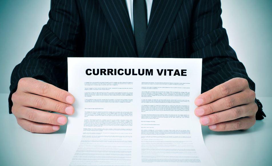 Cách viết cv xin việc tiếng Anh ấn tượng với nahf tuyển dụng