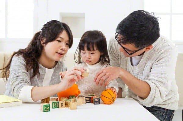 dạy trẻ tự kỷ nói chậm