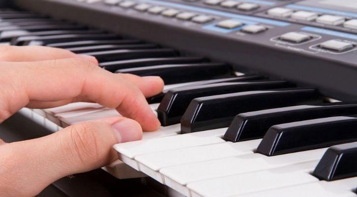 học đánh đàn Organ