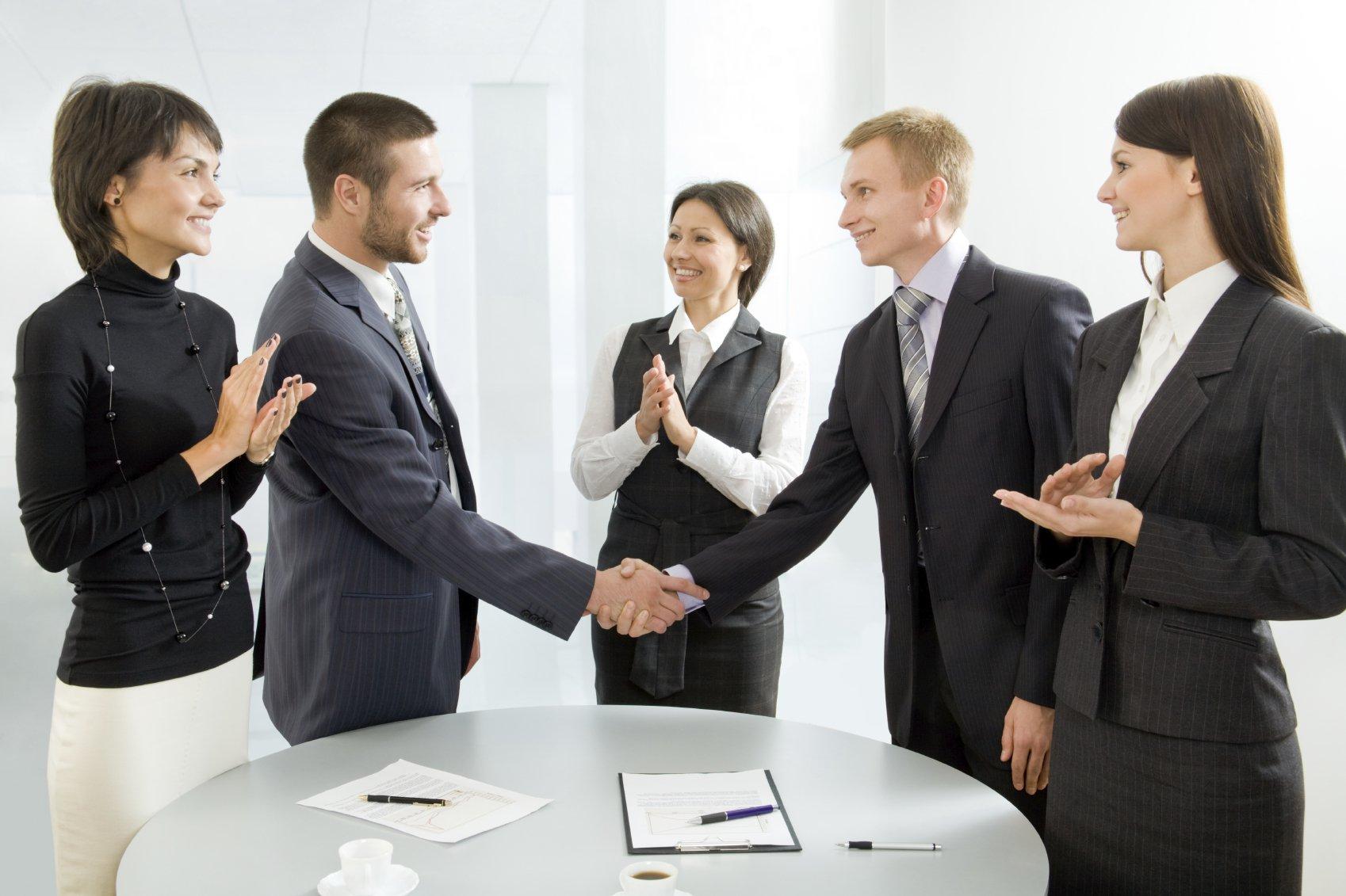 học các đoạn hội thoại tiếng Anh giao tiếp văn phòng