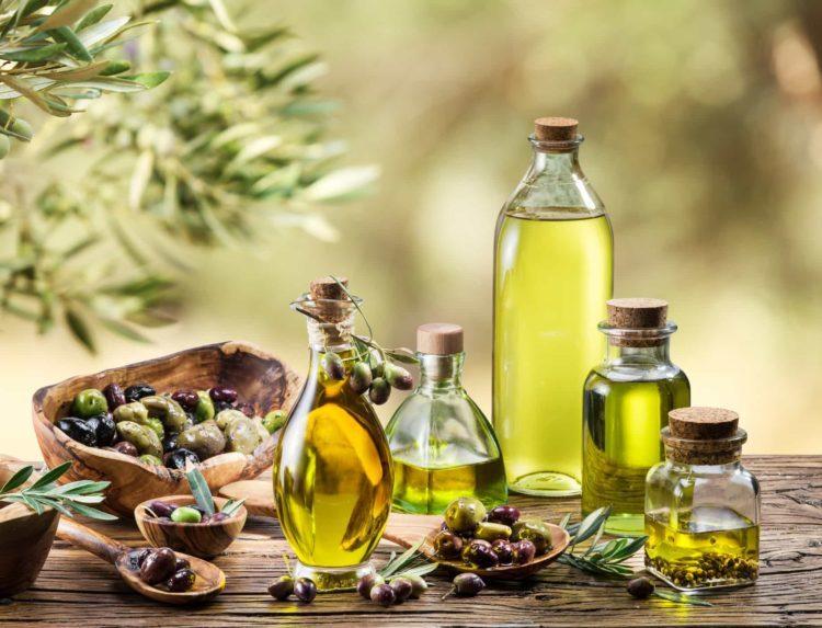 tác dụng của dầu Oliu với da