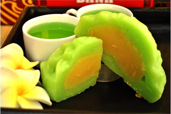 Ngoài thanh long, bạn có thể sử dụng nhiều loại trái cây khác để làm bánh trung thu thạch rau câu nhân đậu xanh