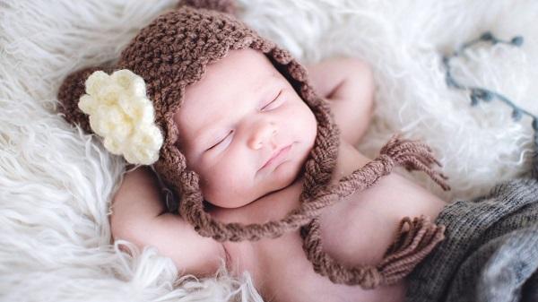 Cách chăm sóc trẻ sơ sinh theo mùa
