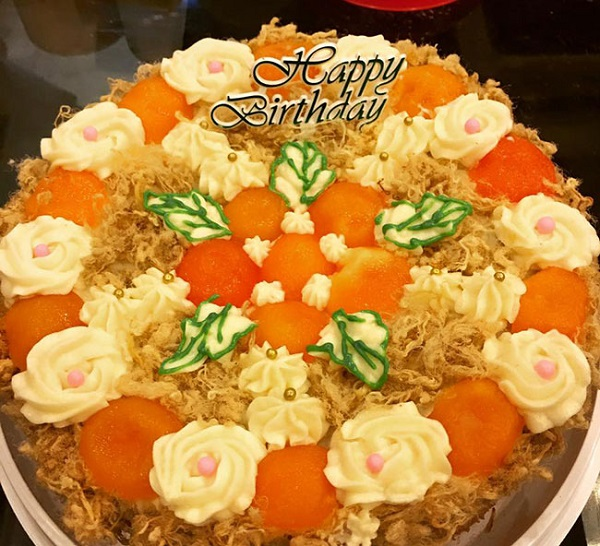 Bạn có thể thêm làm bánh bông lan tạo nên bánh sinh nhật hay quà tặng cho những người thân yêu