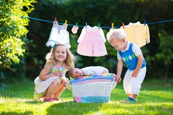 Giặt đồ trước khi mua về là khâu quan trọng bạn cần thực hiện trước khi mặc cho bé