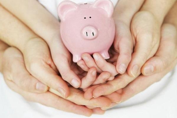 Tham gia bảo hiểm là một trong những sự lựa chọn của nhiều bậc phụ huynh