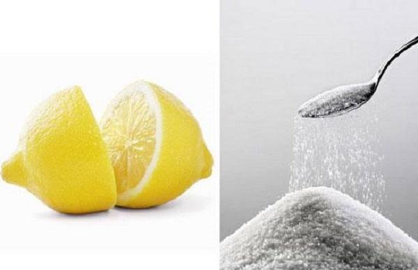 Muối ăn khi kết hợp với chanh có tính axit nhẹ là 1 lựa chọn hoàn hảo để xóa xăm lông mày tại nhà