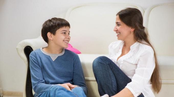 cách dạy con trai bướng bỉnh hiệu quả