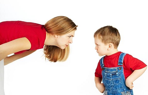 cách dạy trẻ 2 tuổi bướng bỉnh