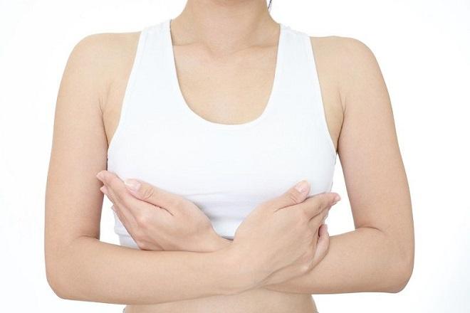 cách massage phục hồi ngực sau sinh