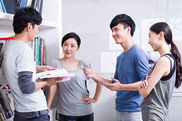 cải thiện trí nhớ kém hiệu quả bằng việc giao tiếp