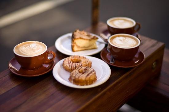 kinh-doanh-quan-cafe-ket-hop-2