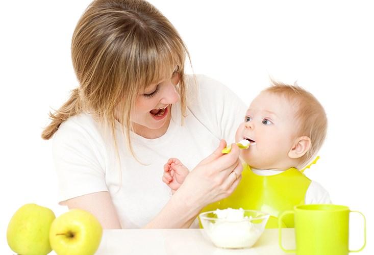 Thực đơn ăn dặm cho trẻ 8 tháng