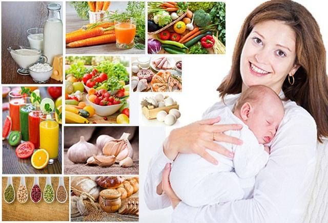 trẻ sơ sinh đi ngoài mẹ nên ăn gì