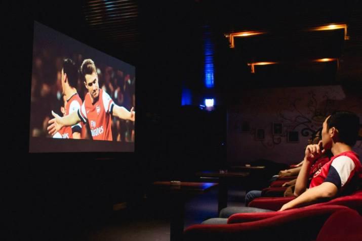 Ý tưởng kinh doanh quán cafe bóng đá