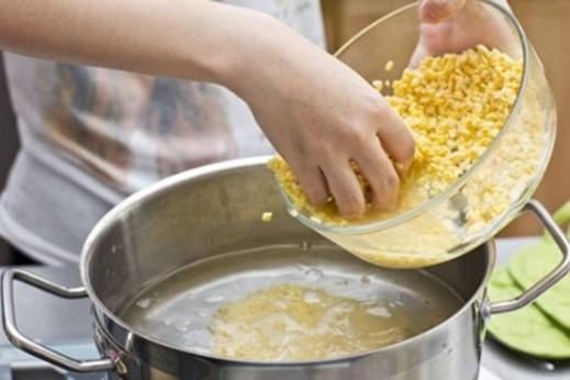 Cách nấu chè đỗ xanh hạt sen