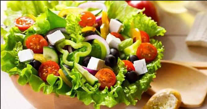 Cách làm salad giảm cân