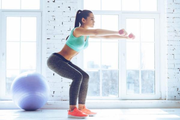 bài tập squat tăng vòng 3 hiệu quả