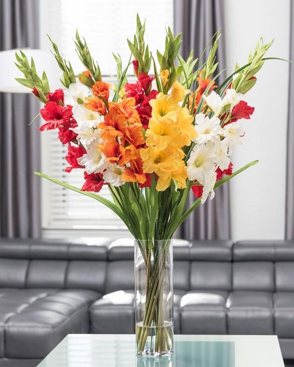 cách cắm hoa bình cao cổ đơn giản