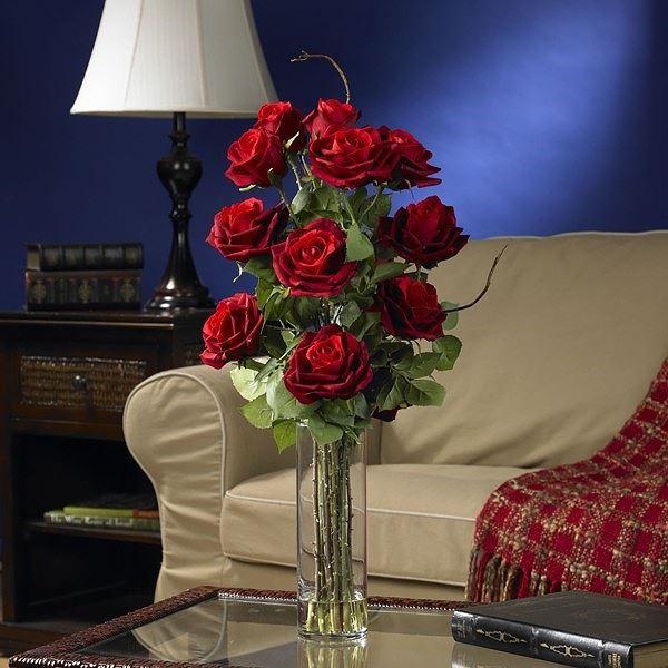 cách cắm hoa hồng để bàn đơn giản