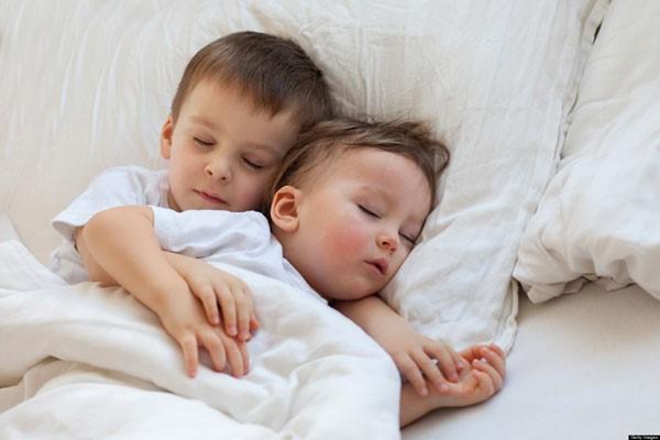 Cách dùng điều hòa cho trẻ sơ sinh an toàn