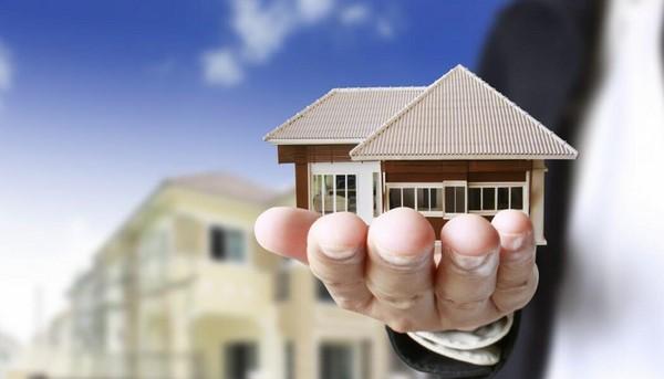 giải đáp thắc mắc có nên làm sale bất động sản