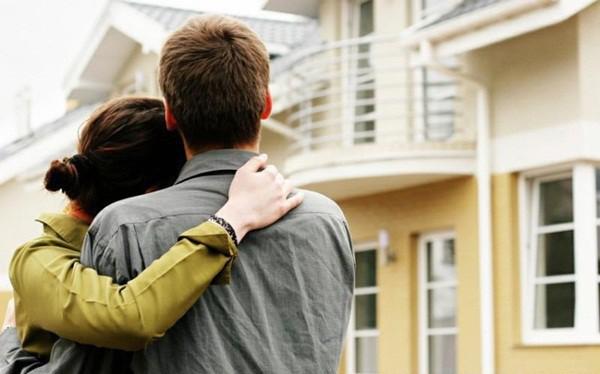 có nên mua nhà khi chưa đủ tiền