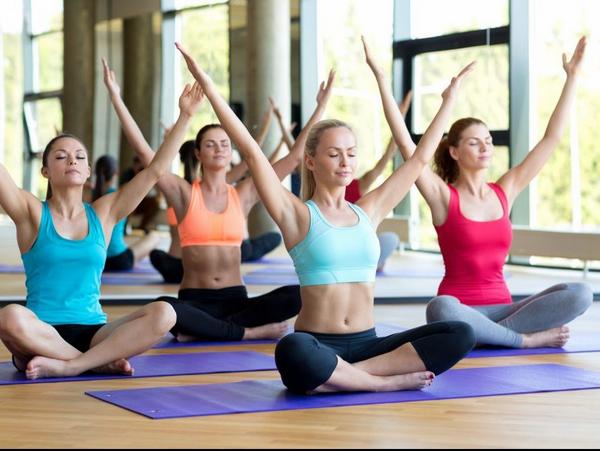 khóa học yoga giảm cân hiệu quả