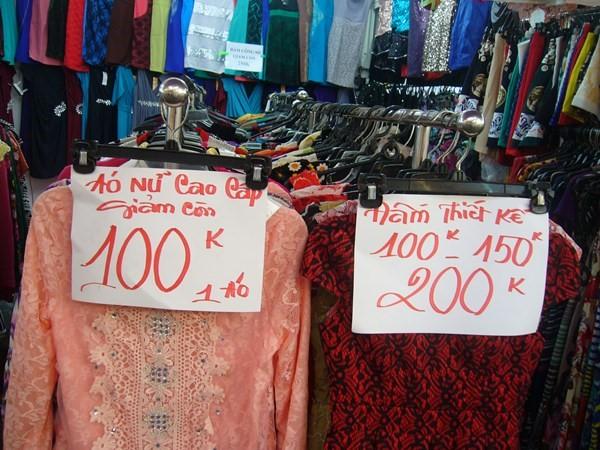 Kinh nghiệm bán quần áo ở chợ