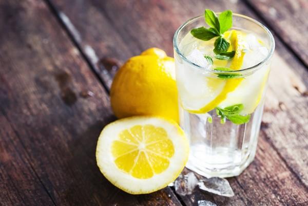 nước uống giảm mỡ bụng từ chanh