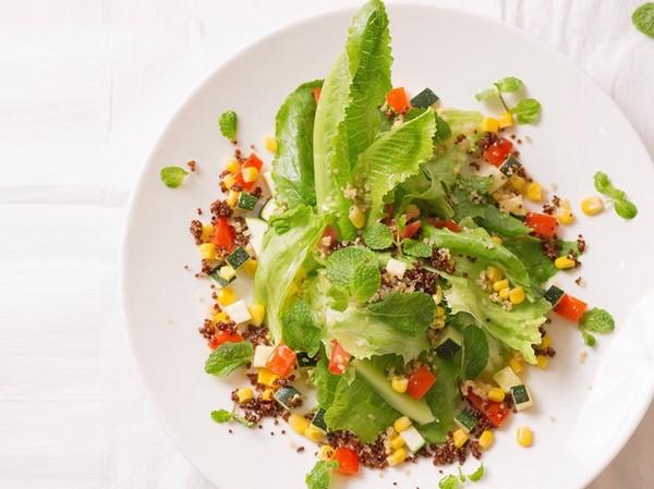 làm món salad rau củ