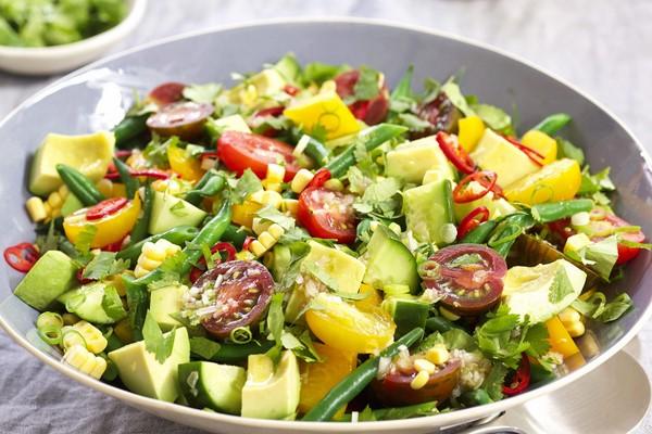 món salad trộn rau củ