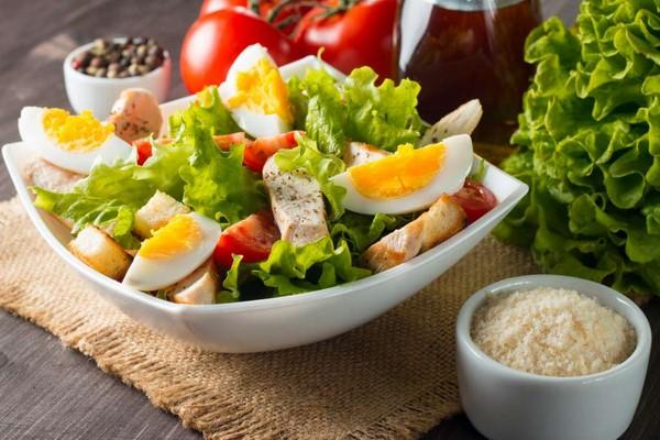 món salad trứng ngon nhất