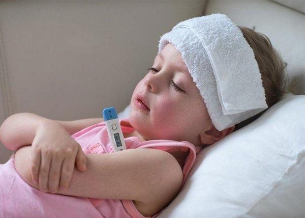 cách chăm sóc khi trẻ mọc răng