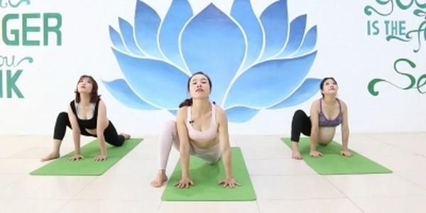 yoga cho mẹ bầu dễ vượt cạn