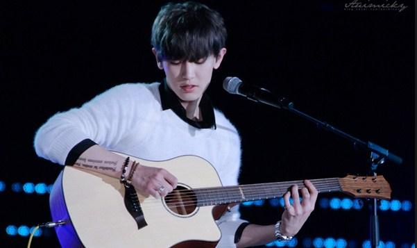 Học chơi đàn guitar cơ bản đến nâng cao