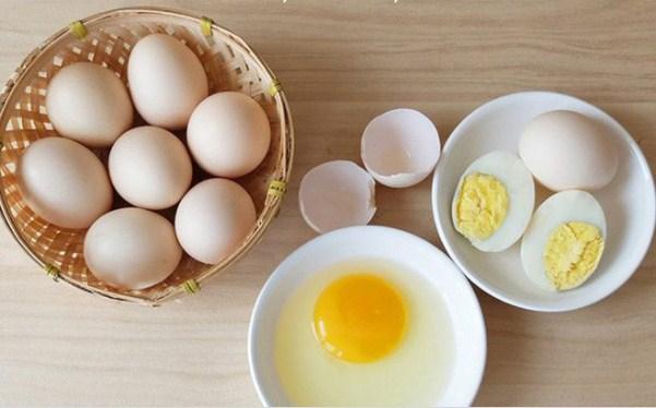 Đắp mặt nạ trứng gà hàng ngày có tốt không?