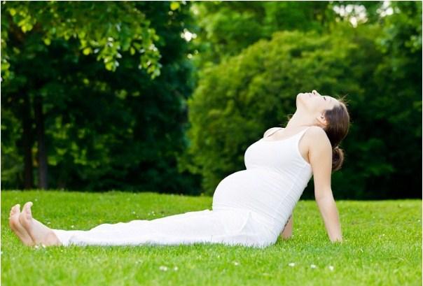 Luyện tập Yoga hàng ngày để có làn da rạng rỡ và vượt cạn dễ dàng hơn