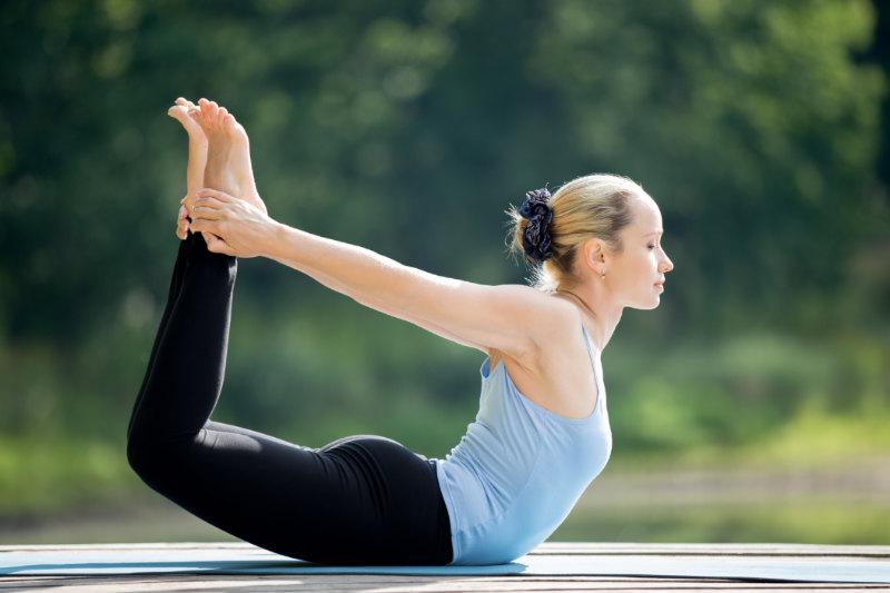 Bài tập yoga giảm cân cấp tốc với tư thế cánh cung
