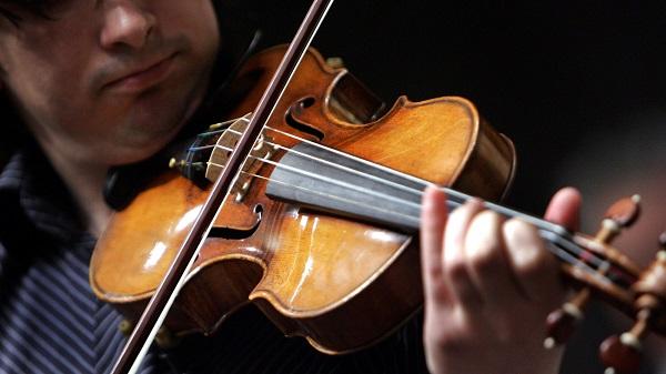 cách chơi violin tại nhà