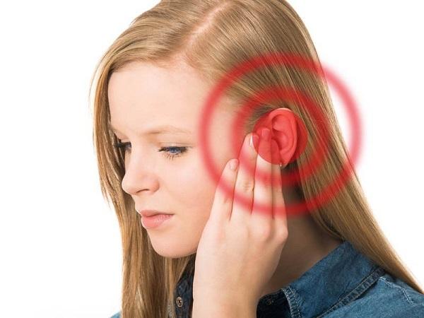 Giải mã điềm báo ù tai theo khung giờ