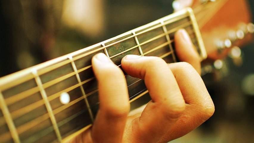 Các phong cách fingerstyle trong đệm hát Guitar