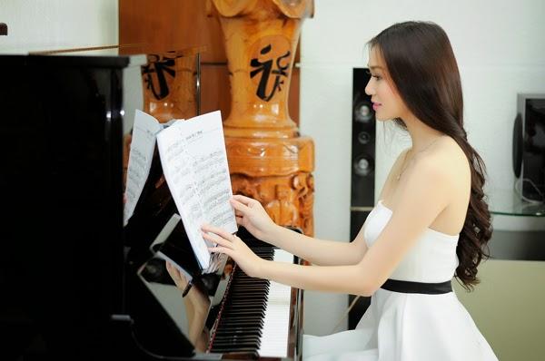 học đàn piano đơn giản thông qua khóa học bổ ích