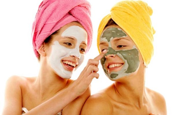 Đắp mặt nạ tự nhiên là cách làm đẹp da mặt tại nhà